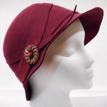 Marroon Cloche